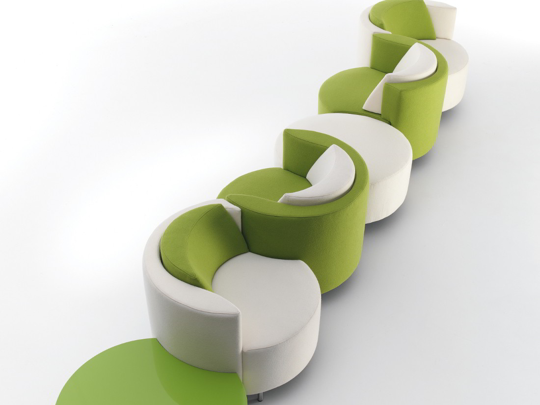 Modernūs minkšti svetainės baldai krėsliukas Play