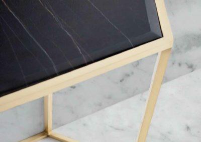 Modernios klasikos prieškambario baldai Hive