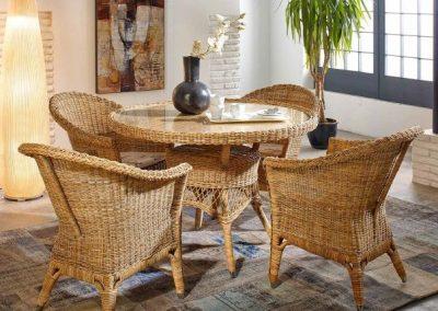 Klasikiniai pinti baldai stalas krėsliukas Wicker