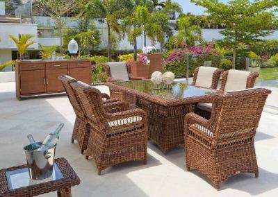 Klasikiniai pinti lauko baldai krėsliukas stalas Ebony 2