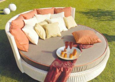 Modernūs lauko baldai lova Ruedo 2