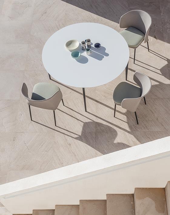 Modernūs lauko baldai stalas Nude 4