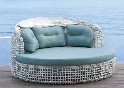 Modernios klasikos lauko baldai lova Dynasty 10