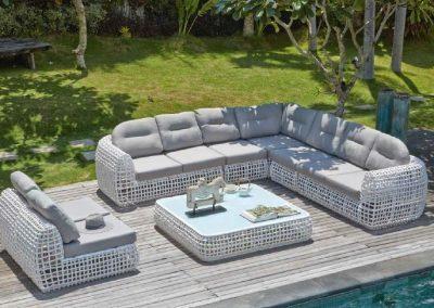 Modernios klasikos lauko baldai sofa Dynasty 2