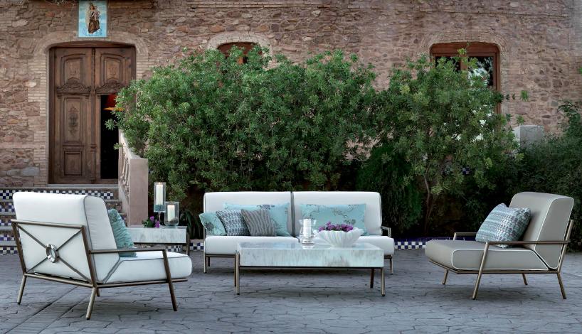 Modernios klasikos lauko baldai sofa Lucio