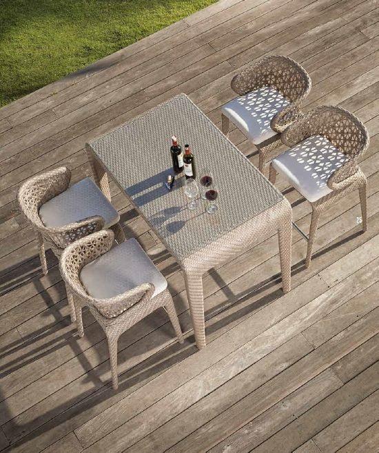 Modernios klasikos lauko baldai stalas krėsliukai Journey 7