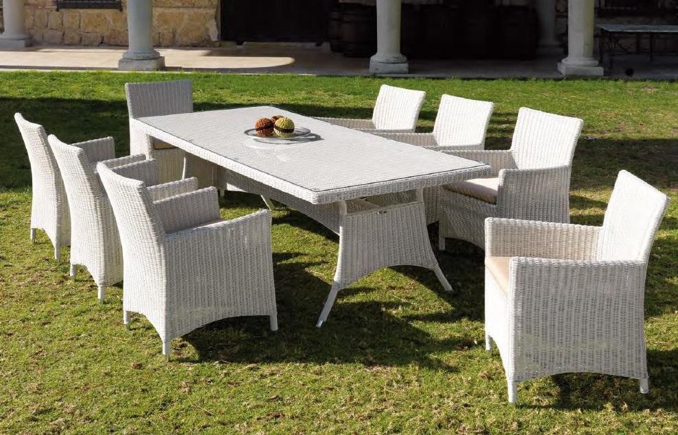 Modernios klasikos lauko baldai stalas krėsliukai Manacor 4