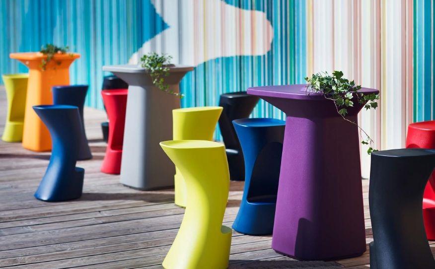 Modernūs lauko baldai baro stalas kėdės Moma