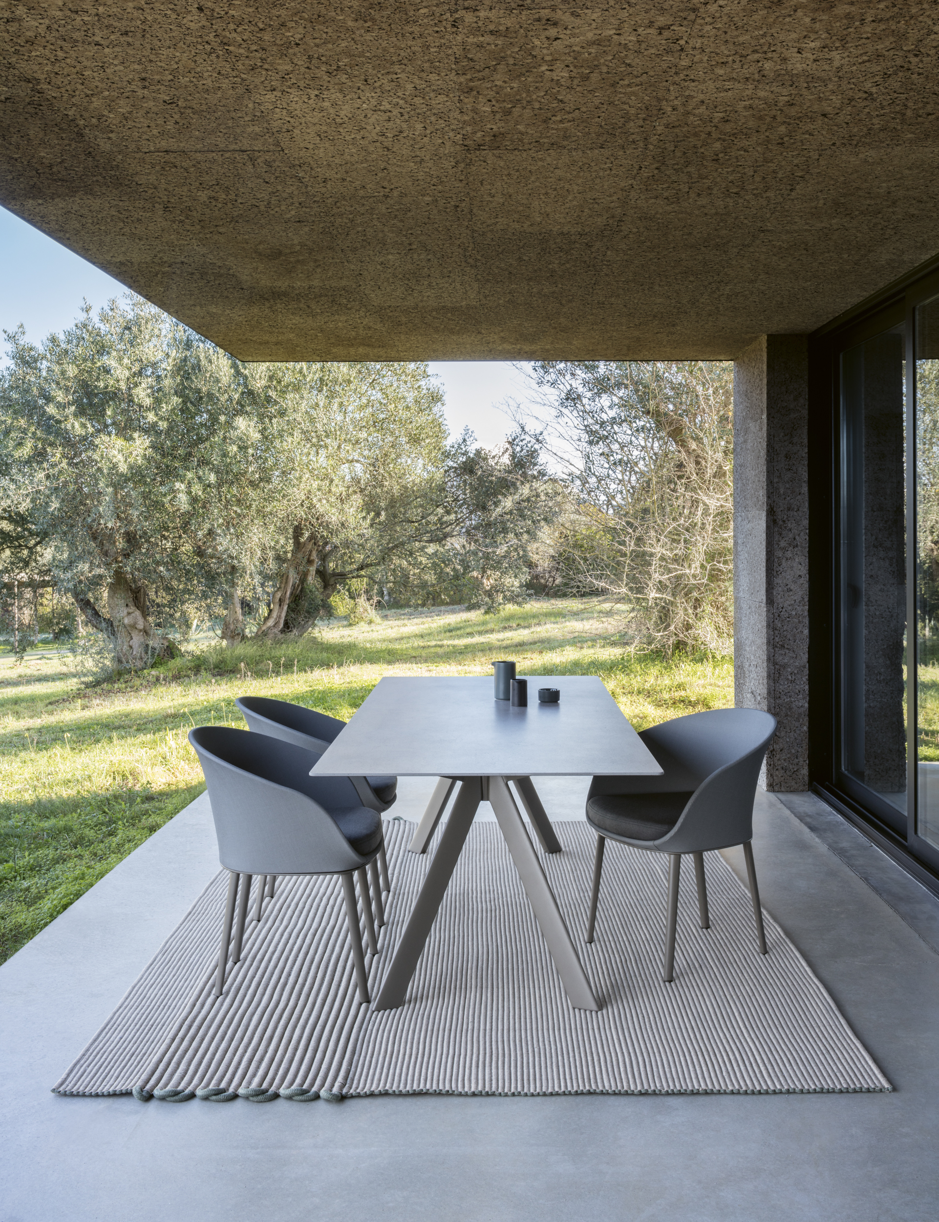 Modernūs lauko baldai kėdė Blum 10