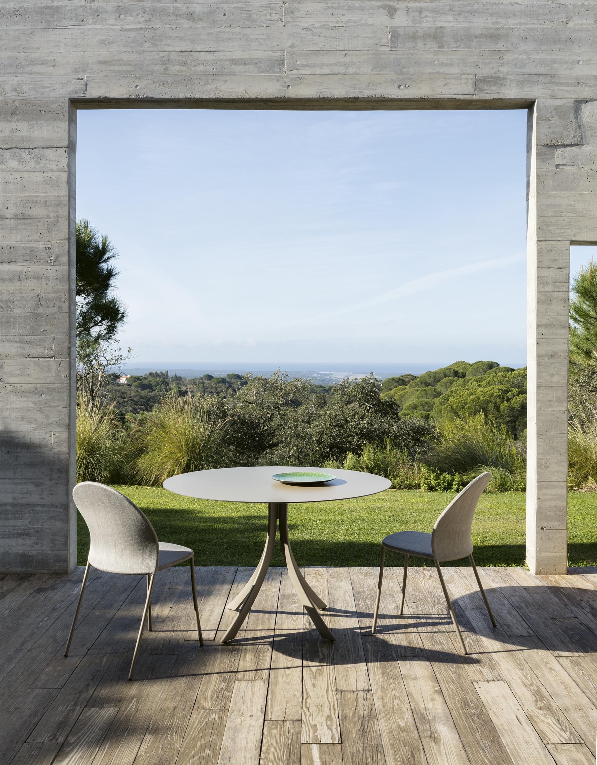 Modernūs lauko baldai kėdė Petale 4