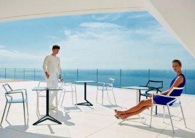Modernūs lauko baldai kėdė staliukas Delta 11