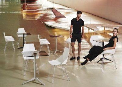 Modernūs lauko baldai krėsliukas staliukas Faz 35