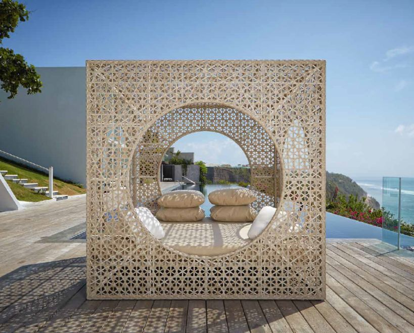 Modernūs lauko baldai lova Cube