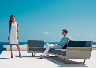 Modernūs lauko baldai sofa Delta