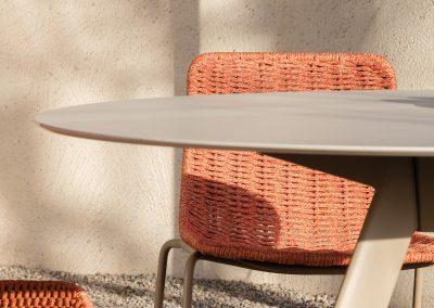 Modernūs lauko baldai stalas Atrivm