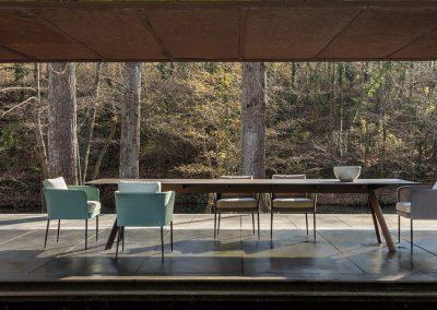 Modernūs lauko baldai stalas Atrivm 5