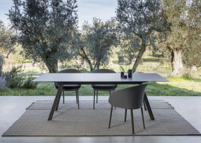 Modernūs lauko baldai stalas Atrivm 6