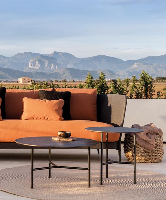 Modernūs lauko baldai staliukas Grada Outdoor 1