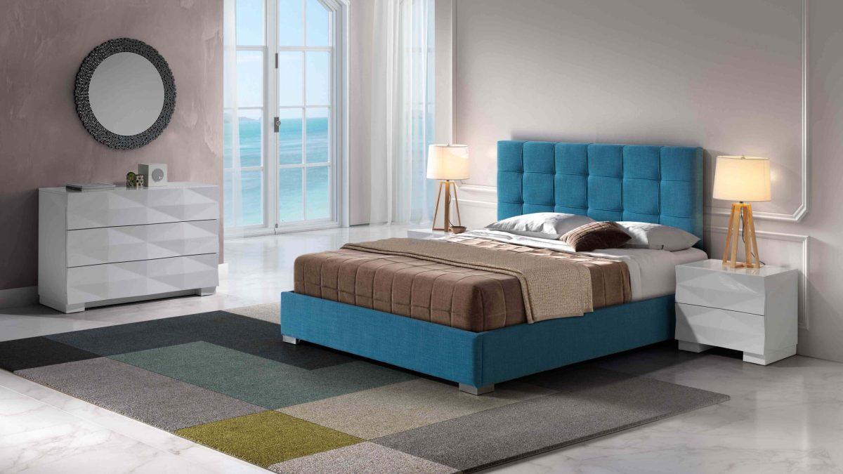 Modernūs miegamojo baldai Carla
