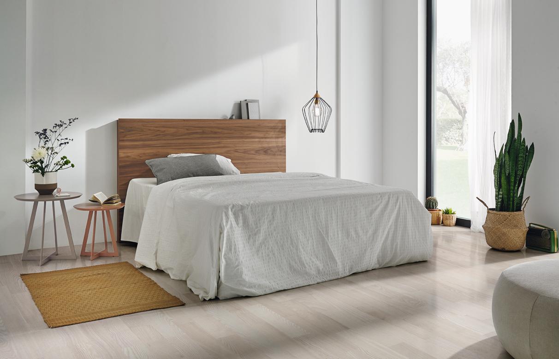 Modernūs miegamojo baldai Mohn 2
