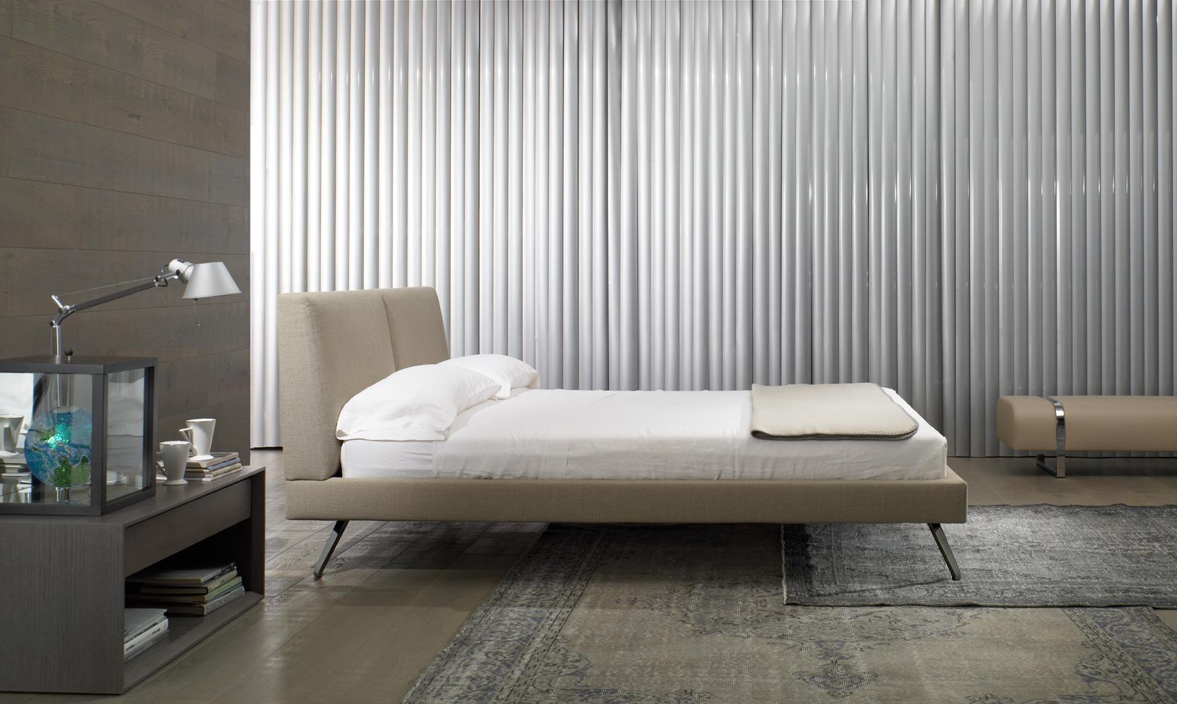 Modernūs miegamojo baldai Shelby 2
