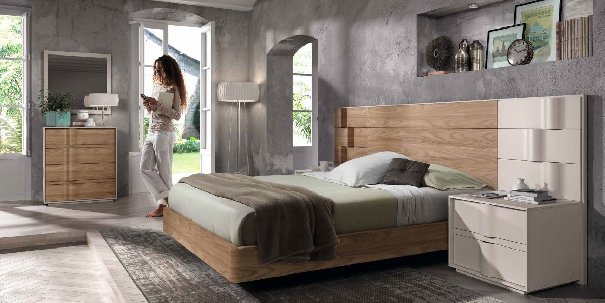 Modernūs miegamojo baldai Soft 028