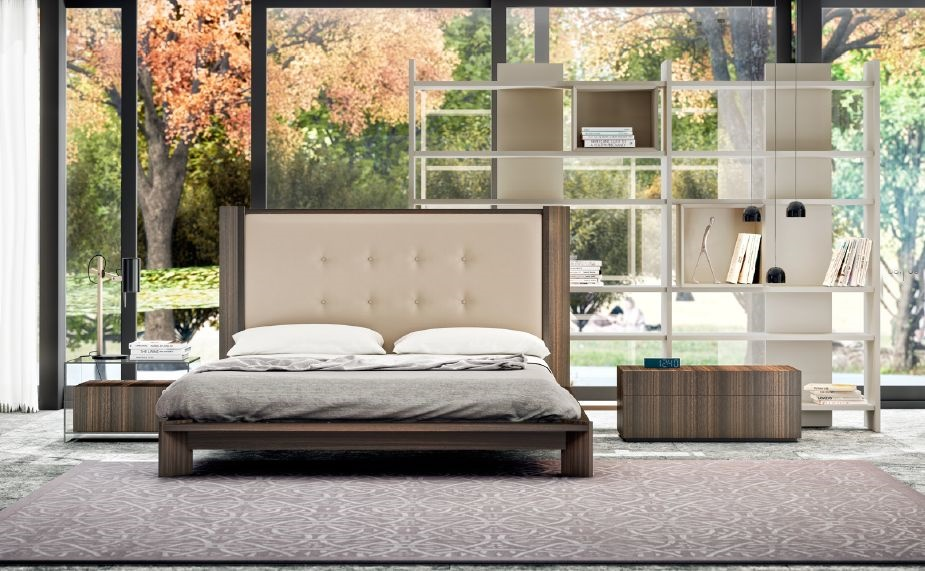 Modernūs miegamojo baldai comp. 09.5