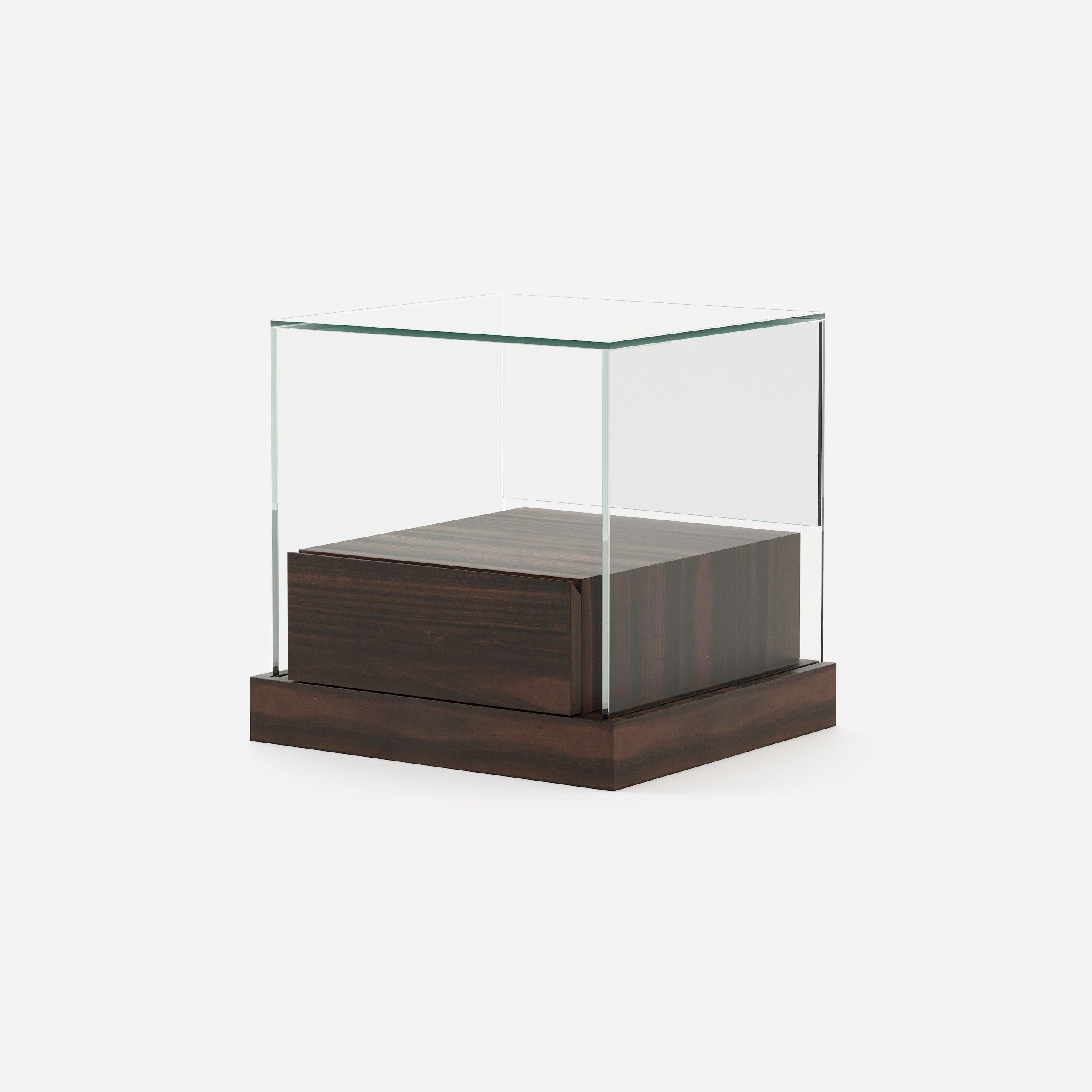 Modernūs miegamojo baldai spintelė Catia