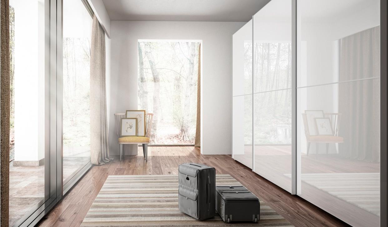 Modernūs miegamojo baldai spintos GLASS 2