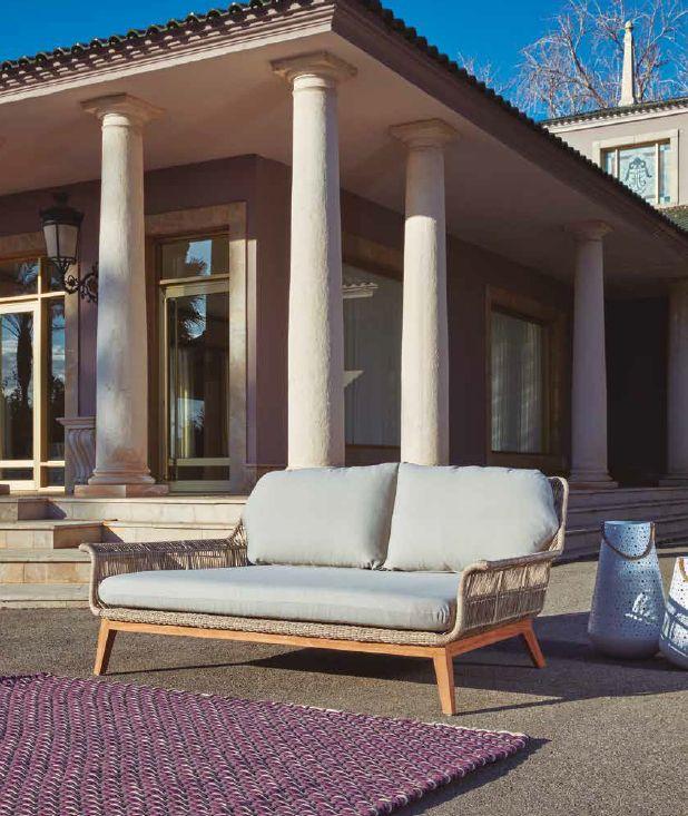 Modernios klasikos lauko baldai gultas Loreta 7