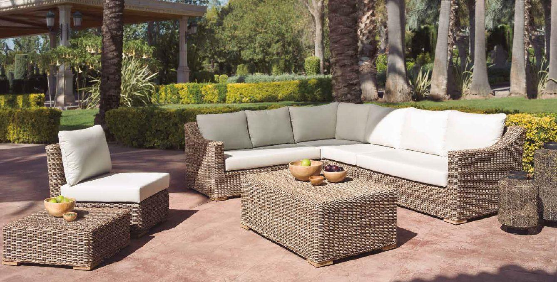 Modernios klasikos lauko baldai sofa Caldera