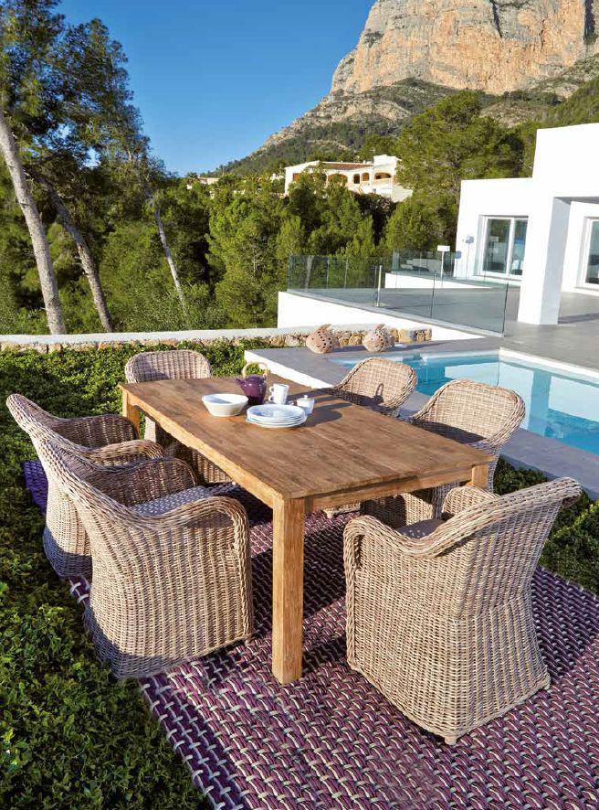 Modernios klasikos lauko baldai stalas krėsliukas Java