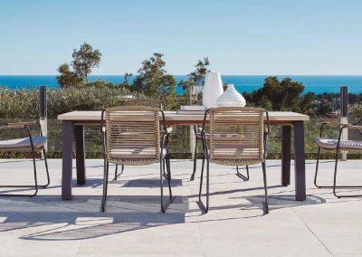 Modernūs lauko baldai stalas kėdės Scandic