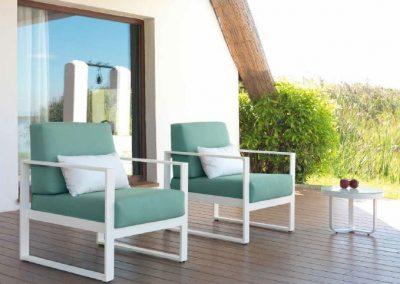 Modernūs lauko baldai krėsliukai staliukas Nerja 11
