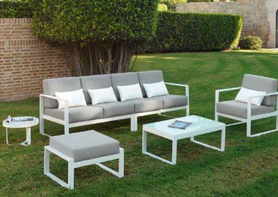 Modernūs lauko baldai sofa staliukas Nerja 13