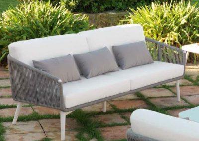 Modernūs lauko baldai sofa staliukas Siena 1