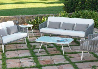 Modernūs lauko baldai sofa staliukas Siena