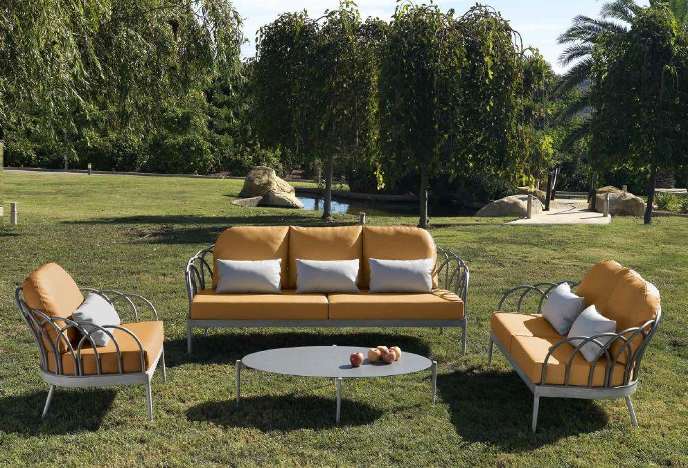Modernūs lauko baldai sofa staliukas Sintra
