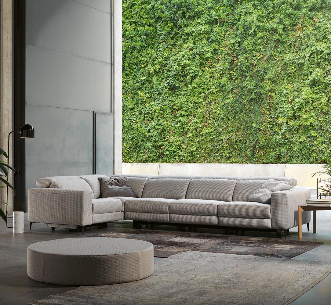 Modernūs minkšti svetainės baldai sofa Blend 1