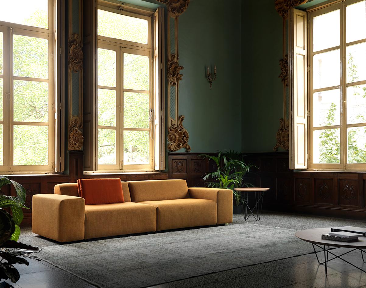 Modernūs minkšti svetainės baldai sofa Blook