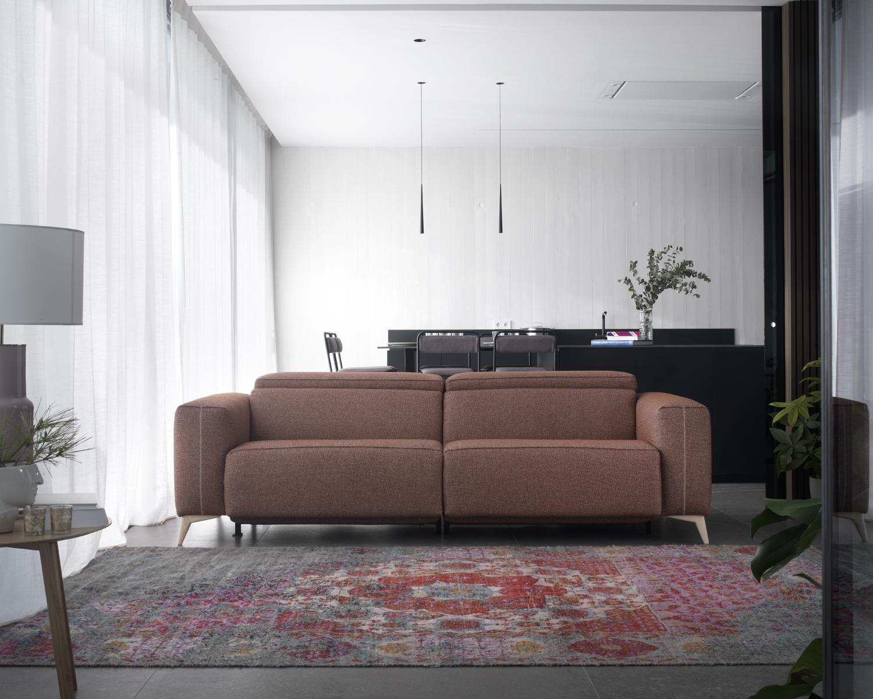 Modernūs minkšti svetainės baldai sofa Elnido 4