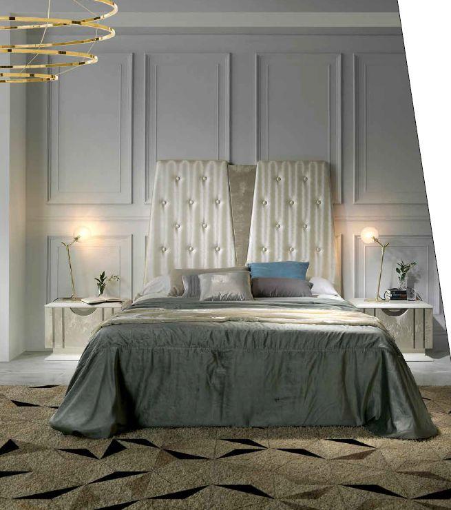 Modernios klasikos miegamojo baldai Kira 1